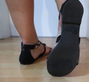 Sandalen schwarz bunt