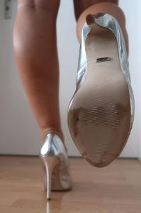 Heels silber
